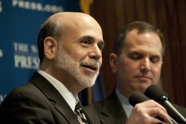 bernanke-esorta-i-politici-statunitensi-a-risolvere-il-fiscal-cliff