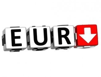 Forex: L'euro affonda ai minimi da tre settimane