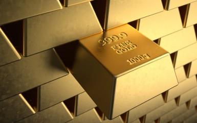 La quotazione dell'oro guadagna l'1,3% e chiude ai massimi da un mese