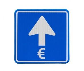 valute-leuro-sfiora-quota-130-dollari