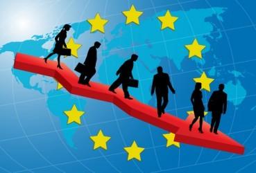 Zona euro: La fiducia dei consumatori scende ai minimi da maggio 2009