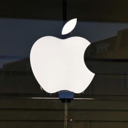 Apple, UBS più prudente sulle vendite dell'iPhone e dell'iPad