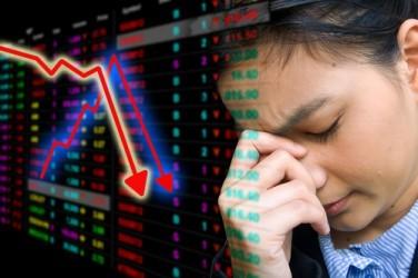 La Borsa di Milano chiude in forte ribasso, pesano dimissioni Monti