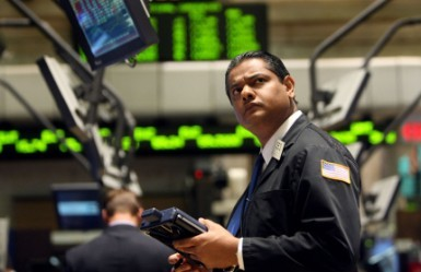 Wall Street incerta nei primi scambi