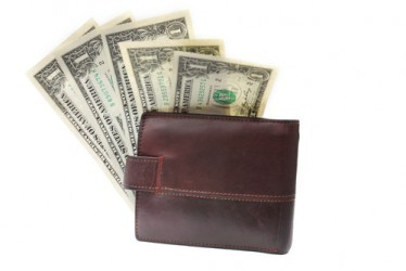 USA: Le spese per consumi aumentano a novembre dello 0,4%