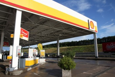 royal-dutch-shell-utile-netto-quarto-trimestre-3-sale-il-dividendo