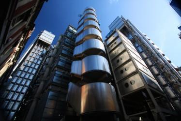lloyds-banking-group-dimezza-la-perdita-nel-2012