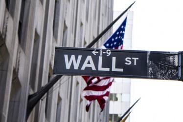 wall-street-si-mantiene-in-moderato-rialzo-