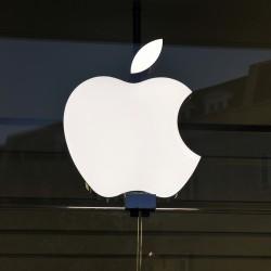 apple-le-vendite-delliphone-deludono-il-titolo-crolla