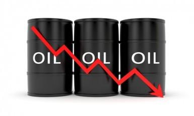 Il prezzo del petrolio aggiorna i minimi da settembre 2010
