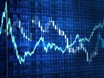 Borse europee sull'ottovolante, calano ancora rublo e petrolio