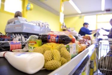 Consumi: Dal 2007 persi 66,5 miliardi, miglioramento nel 2014