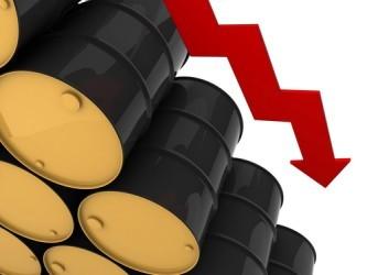 Il petrolio torna a scendere, WTI e Brent ai minimi da maggio 2009
