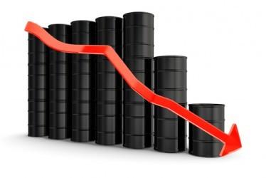 Prezzo del petrolio in caduta libera, WTI e Brent -4,2%