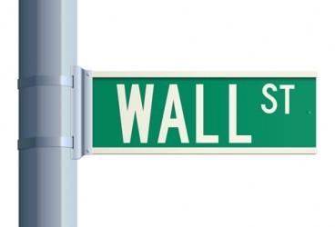 Wall Street poco mossa a metà seduta