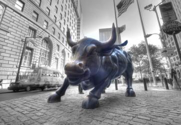 Wall Street avanti tutta, la BCE scatena il toro