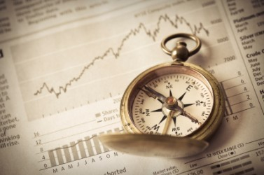 Borse europee incerte a metà seduta, attesa per Eurogruppo