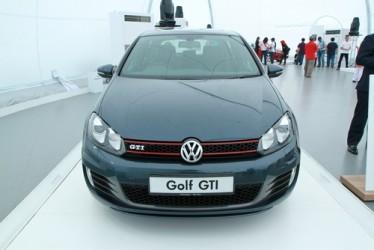 Volkswagen in retromarcia dopo l'annuncio dei conti per il 2014