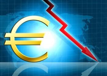 Euro ancora giù, sotto 1,05 dollari