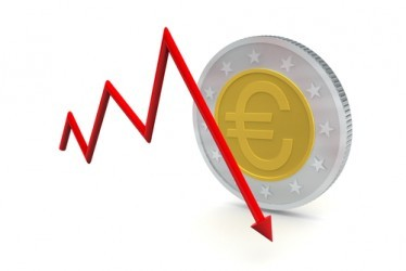 Forex: L'euro precipita sotto quota 1,11 dollari