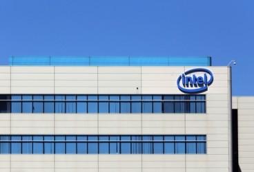 Intel taglia le stime sui ricavi, titolo a picco