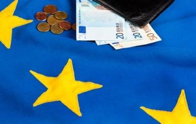 L'Eurozona resta a febbraio in deflazione