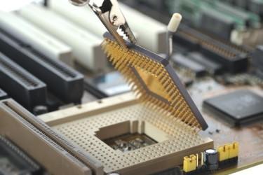 Semiconduttori: Maxi fusione tra NXP e Freescale