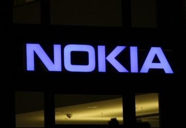 Nokia, in corso trattative per fusione con Alcatel-Lucent