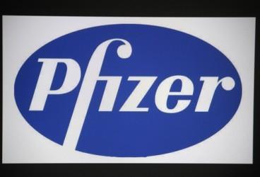 Pfizer batte le attese ma taglia le stime sul 2015