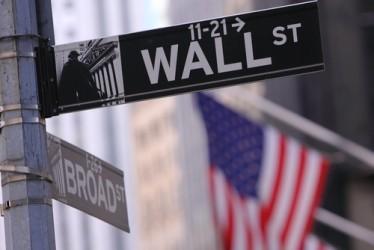 Wall Street sale, acquisti sul settore energetico
