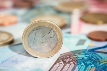 Italia in deflazione per il quarto mese di fila