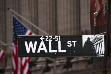 Wall Street in lieve calo a metà seduta, Dow Jones -0,1%