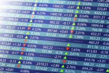 Le borse europee chiudono deboli, ancora vendite sui minerari