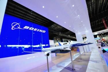 Boeing, risultati trimestrali sopra attese, tagliate stime utile 2015