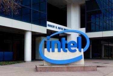 Intel, risultati in calo nel secondo trimestre, ma meno delle attese