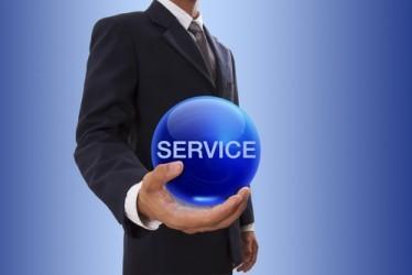 USA: Il settore dei servizi accelera leggermente a giugno