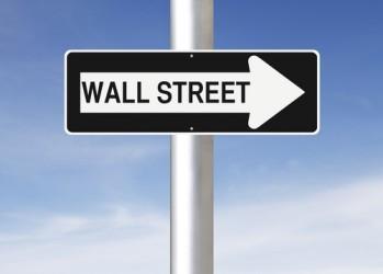 Wall Street chiude poco mossa, male Facebook e Procter & Gamble