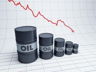 Petrolio: Quotazioni a picco, Brent sotto 50 dollari