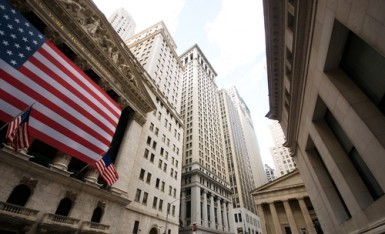 Wall Street riduce i rialzi, Dow Jones +0,6%