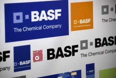 BASF taglia le sue previsioni per il 2015
