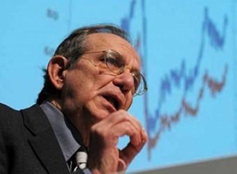 Padoan: La ripresa si sta rafforzando, si inverte la traiettoria del debito