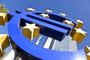 La BCE taglia il tasso sui depositi a -0,30%