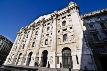Borsa Milano apre in moderato rialzo