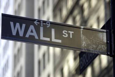 Borse USA rimbalzano in apertura, Dow Jones +0,8%