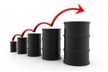 Il prezzo del petrolio estende il rimbalzo, miglior seduta da agosto