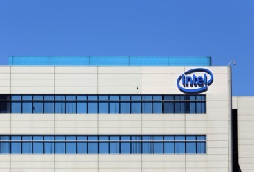 Intel: Trimestrale ok, ma deludono data center e outlook