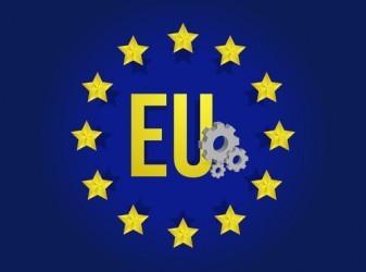 Eurozona: L'attività economica rallenta ancora, minimi da 13 mesi