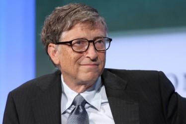 Forbes: Gates resta il più ricco, ma attenzione a Bezos e Zuckerberger