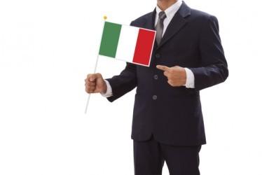 Italia, il settore terziario accelera leggermente a febbraio