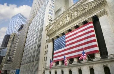 Wall Street sale a metà seduta, Dow Jones +0,5%
